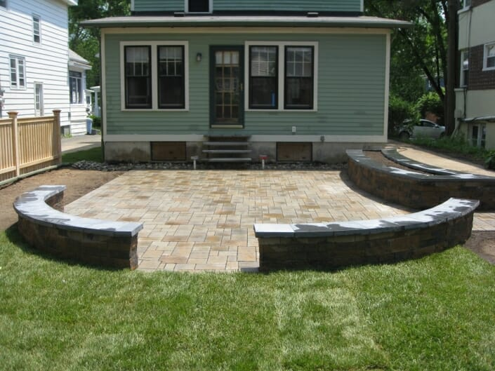 IMG 6787 705x529 - Eco Friendly permeable patio design in the Albany NY area