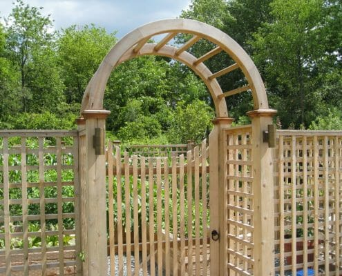 Exceptionnel Cedar Fenced Vegetable Garden Design Latham NY