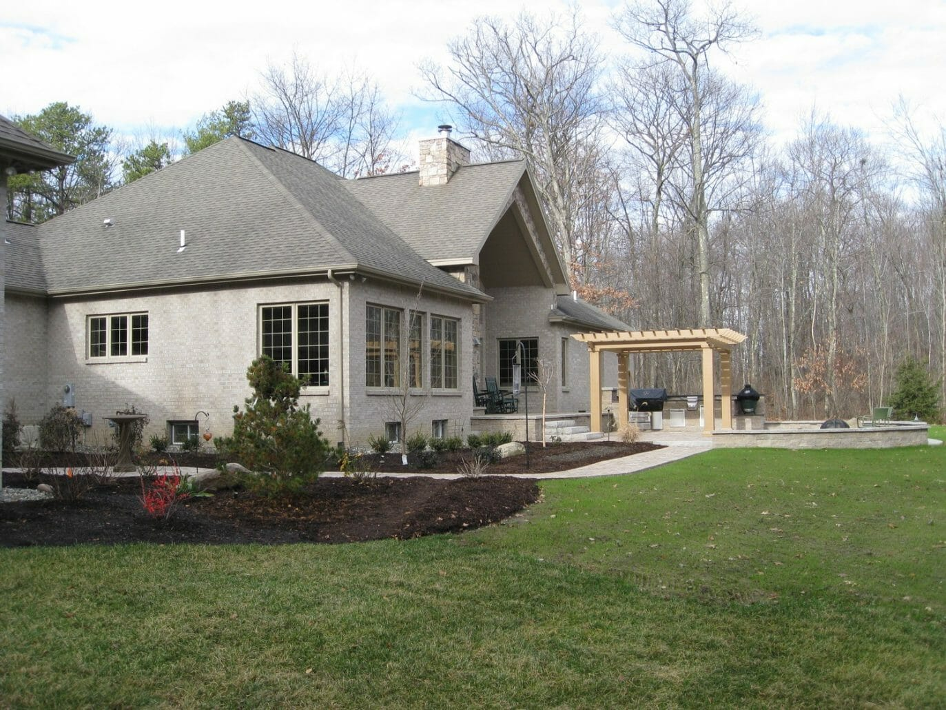 Wynantskill NY backyard landscape patio design 1373x1030 - Landscape Plan Installation and Project Management