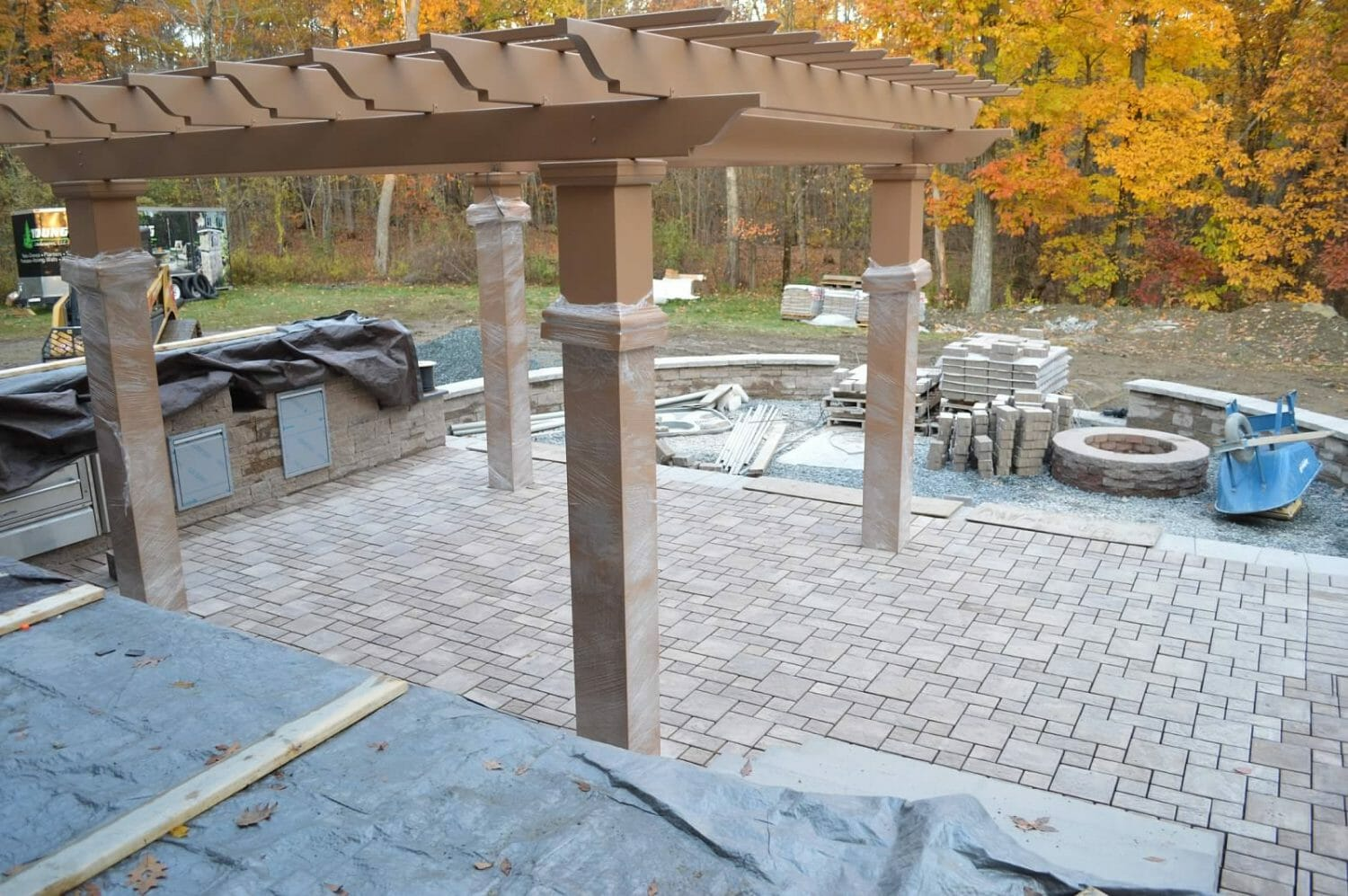 Wynantskill NY backyard outdoor kitchen landscape design 1500x997 - Landscape Plan Installation and Project Management